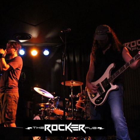 http://www.misterxband.com/wp-content/uploads/2015/12/mxb-rocker-02-c.jpg