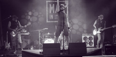 http://www.misterxband.com/wp-content/uploads/2016/10/Mister_x_band_Mad-In-Italy-2016_1.jpg